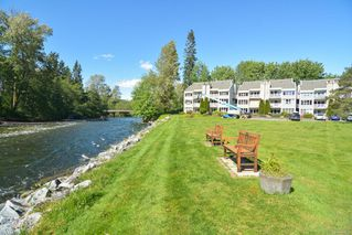 Photo 2: 112 205 1st St in : CV Courtenay City Condo for sale (Comox Valley)  : MLS®# 860532
