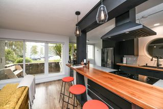 Photo 1: 112 205 1st St in : CV Courtenay City Condo for sale (Comox Valley)  : MLS®# 860532