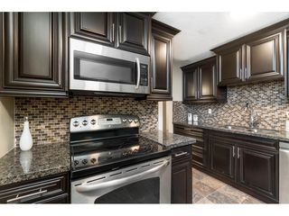 """Photo 8: 113 33400 BOURQUIN Place in Abbotsford: Central Abbotsford Condo for sale in """"Bakerview Place"""" : MLS®# R2523982"""