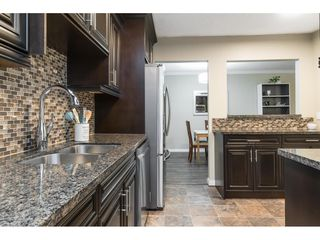 """Photo 4: 113 33400 BOURQUIN Place in Abbotsford: Central Abbotsford Condo for sale in """"Bakerview Place"""" : MLS®# R2523982"""