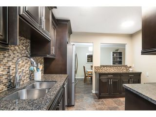 """Photo 2: 113 33400 BOURQUIN Place in Abbotsford: Central Abbotsford Condo for sale in """"Bakerview Place"""" : MLS®# R2523982"""