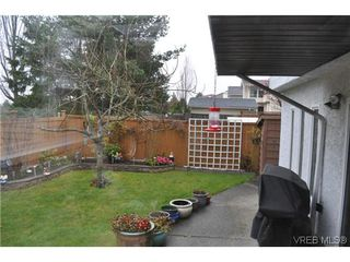 Photo 18: 4020 Dawnview Crescent in VICTORIA: SE Arbutus Single Family Detached for sale (Saanich East)  : MLS®# 321589