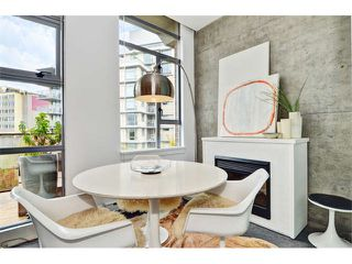 Photo 6: # 406 2635 PRINCE EDWARD ST in Vancouver: Mount Pleasant VE Condo for sale (Vancouver East)  : MLS®# V1002830