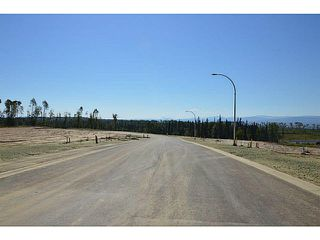 "Photo 5: LOT 10 BELL Place in Mackenzie: Mackenzie -Town Land for sale in ""BELL PLACE"" (Mackenzie (Zone 69))  : MLS®# N227303"