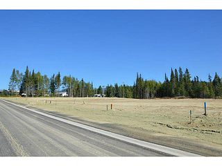 "Photo 3: LOT 10 BELL Place in Mackenzie: Mackenzie -Town Land for sale in ""BELL PLACE"" (Mackenzie (Zone 69))  : MLS®# N227303"