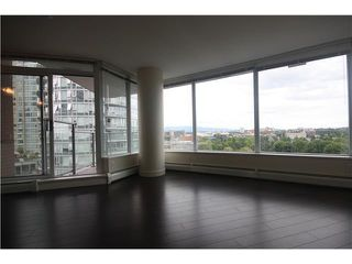 Photo 7: # 909 688 ABBOTT ST in Vancouver: Downtown VW Condo  (Vancouver West)  : MLS®# V1024384