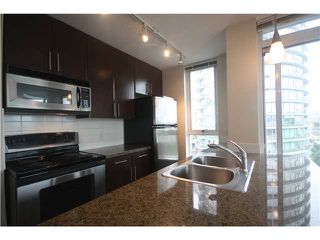 Photo 4: # 909 688 ABBOTT ST in Vancouver: Downtown VW Condo  (Vancouver West)  : MLS®# V1024384