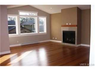 Photo 4:  in VICTORIA: VR Six Mile Single Family Detached for sale (View Royal)  : MLS®# 462310