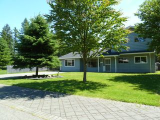 Photo 2: 20280 41A Avenue in Langley: Home for sale : MLS®# F1313760