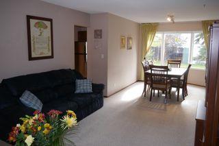 Photo 3: 38 Lakeside Drive in Winnipeg: Waverley Heights Single Family Detached for sale (South Winnipeg)  : MLS®# 1425152