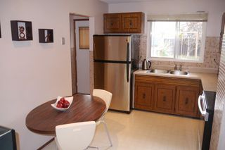 Photo 6: 38 Lakeside Drive in Winnipeg: Waverley Heights Single Family Detached for sale (South Winnipeg)  : MLS®# 1425152
