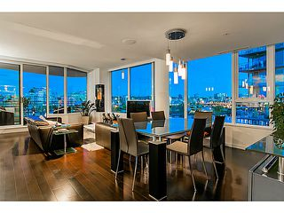 Main Photo: # 800 9 SMITHE ME in Vancouver: Yaletown Condo for sale (Vancouver West)  : MLS®# V1074059