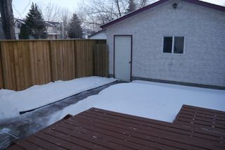 Photo 5: 89 West Lake Crescent in Winnipeg: Waverley Heights Single Family Attached for sale (South Winnipeg)  : MLS®# 1502136