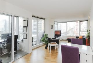 Photo 1: 906 33 SMITHE STREET in Vancouver: Yaletown Condo for sale (Vancouver West)  : MLS®# R2039702