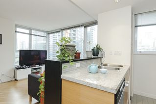 Photo 10: 906 33 SMITHE STREET in Vancouver: Yaletown Condo for sale (Vancouver West)  : MLS®# R2039702