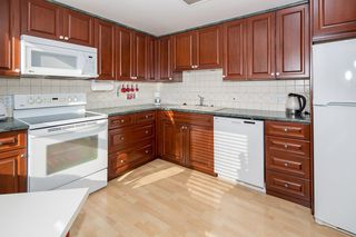 Photo 8: 604 6152 KATHLEEN AVENUE in Burnaby: Metrotown Condo for sale (Burnaby South)  : MLS®# R2043743