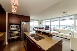Photo 18: 403 1320 CHESTERFIELD AVENUE in North Vancouver: Central Lonsdale Condo for sale : MLS®# R2092309