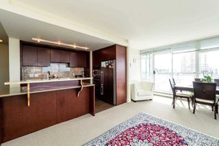 Photo 15: 403 1320 CHESTERFIELD AVENUE in North Vancouver: Central Lonsdale Condo for sale : MLS®# R2092309