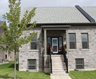 Main Photo: 816 Smith Road in Cobourg: Residential Attached for sale : MLS®# 151459