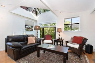 Photo 2: 6 2485 CORNWALL AVENUE in Vancouver: Kitsilano Townhouse for sale (Vancouver West)  : MLS®# R2308764