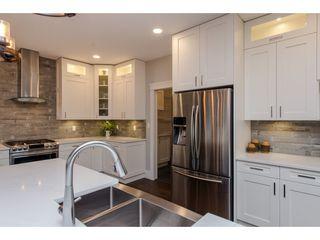 Photo 9: 42263 ELIZABETH AVENUE in Chilliwack: Yarrow House for sale : MLS®# R2333492