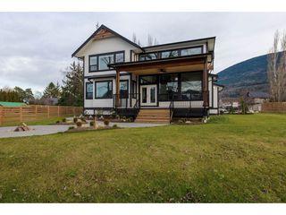 Photo 19: 42263 ELIZABETH AVENUE in Chilliwack: Yarrow House for sale : MLS®# R2333492
