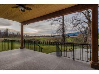Photo 20: 42263 ELIZABETH AVENUE in Chilliwack: Yarrow House for sale : MLS®# R2333492