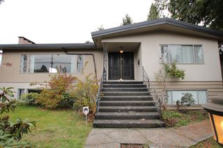 Photo 1:  in : Vancouver West Condo for rent : MLS®# AR061B
