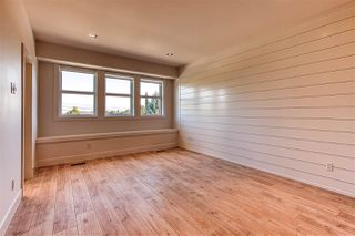 """Photo 15: 15332 28 Avenue in Surrey: King George Corridor House for sale in """"Sunny side"""" (South Surrey White Rock)  : MLS®# R2401996"""