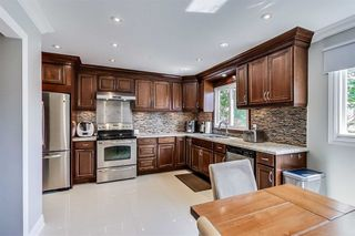 Photo 5: Th15 1764 Rathburn Road in Mississauga: Rathwood Condo for sale : MLS®# W4567735