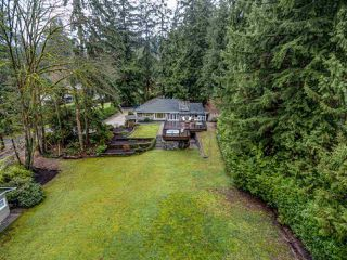 "Photo 3: 2254 SEYMOUR Boulevard in North Vancouver: Seymour NV House for sale in ""Seymour River"" : MLS®# R2426557"