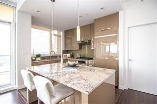 """Photo 8: 2602 6188 WILSON Avenue in Burnaby: Metrotown Condo for sale in """"JEWEL"""" (Burnaby South)  : MLS®# R2442132"""