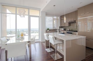 """Photo 10: 2602 6188 WILSON Avenue in Burnaby: Metrotown Condo for sale in """"JEWEL"""" (Burnaby South)  : MLS®# R2442132"""