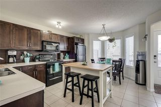Photo 3: 155 ELGIN MEADOWS Gardens SE in Calgary: McKenzie Towne Semi Detached for sale : MLS®# C4299910