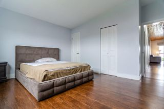 Photo 17: 7580 4TH Street in Burnaby: East Burnaby House 1/2 Duplex for sale (Burnaby East)  : MLS®# R2474331