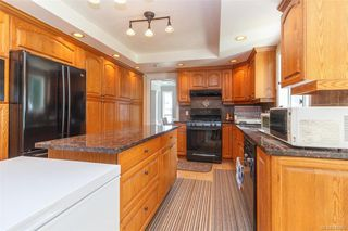 Photo 7: 1587 Dean Park Rd in North Saanich: NS Dean Park House for sale : MLS®# 841066