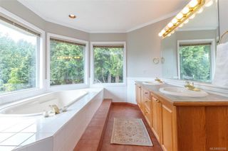 Photo 16: 1587 Dean Park Rd in North Saanich: NS Dean Park House for sale : MLS®# 841066