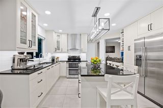 Photo 11: 462 MONTROYAL Boulevard in North Vancouver: Upper Delbrook House for sale : MLS®# R2485631