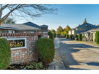 "Photo 2: 9 6380 48A Avenue in Delta: Holly Townhouse for sale in ""GARDEN ESTATES"" (Ladner)  : MLS®# R2512710"