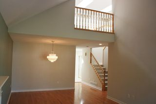 Photo 3: 6 2300 148 Street in Heather Lane: Home for sale : MLS®# F1222965