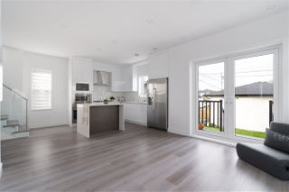 Photo 5: 2217 E 52ND Avenue in Vancouver: Killarney VE 1/2 Duplex for sale (Vancouver East)  : MLS®# R2517576