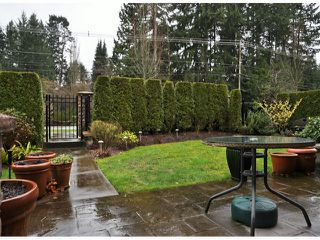 "Photo 10: 3 14655 32ND Avenue in Surrey: Elgin Chantrell Townhouse for sale in ""Elgin Pointe"" (South Surrey White Rock)  : MLS®# F1304396"