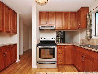 Photo 5: 6 4350 West Saanich Road in VICTORIA: SW Royal Oak Townhouse for sale (Saanich West)  : MLS®# 321067