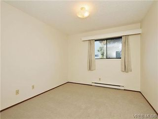 Photo 13: 6 4350 West Saanich Rd in VICTORIA: SW Royal Oak Row/Townhouse for sale (Saanich West)  : MLS®# 634889
