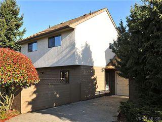 Photo 1: 6 4350 West Saanich Road in VICTORIA: SW Royal Oak Townhouse for sale (Saanich West)  : MLS®# 321067