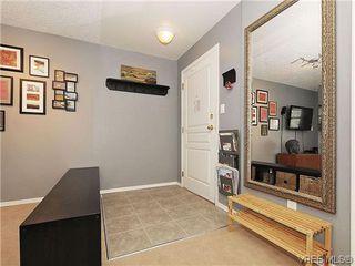 Photo 4: 306 894 Vernon Ave in VICTORIA: SE Swan Lake Condo Apartment for sale (Saanich East)  : MLS®# 641926