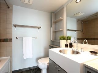 Photo 9: # 1802 1495 RICHARDS ST in Vancouver: Yaletown Condo for sale (Vancouver West)  : MLS®# V942480