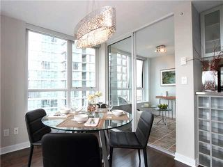 Photo 4: # 1802 1495 RICHARDS ST in Vancouver: Yaletown Condo for sale (Vancouver West)  : MLS®# V942480