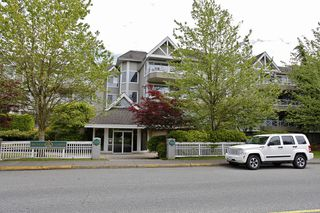 "Photo 8: 205 5556 201A Street in Langley: Langley City Condo for sale in ""Michaud Gardens"" : MLS®# F1321121"