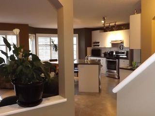 Photo 2: 62 Citadel Meadows Close NW in Calgary: Citadel Residential Detached Single Family for sale : MLS®# C3634428